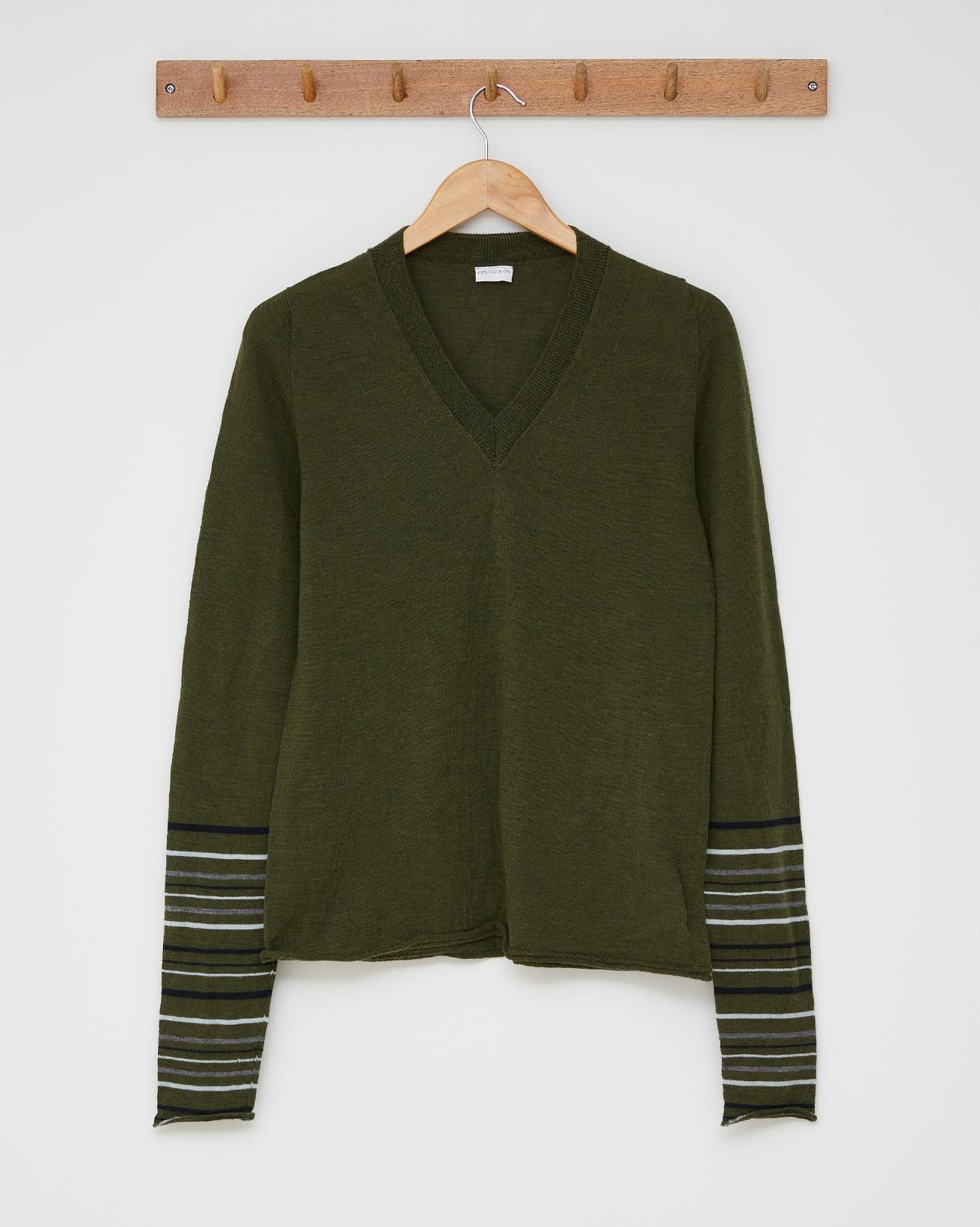 Fine knit v neck - Size Small - Olive, multi stripe - 2512