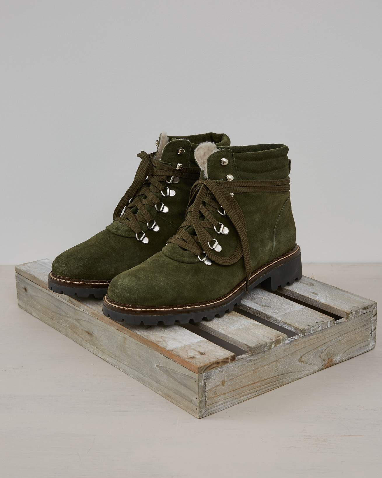 Hiker Boot - Olive Suede - Size 39 - 2572
