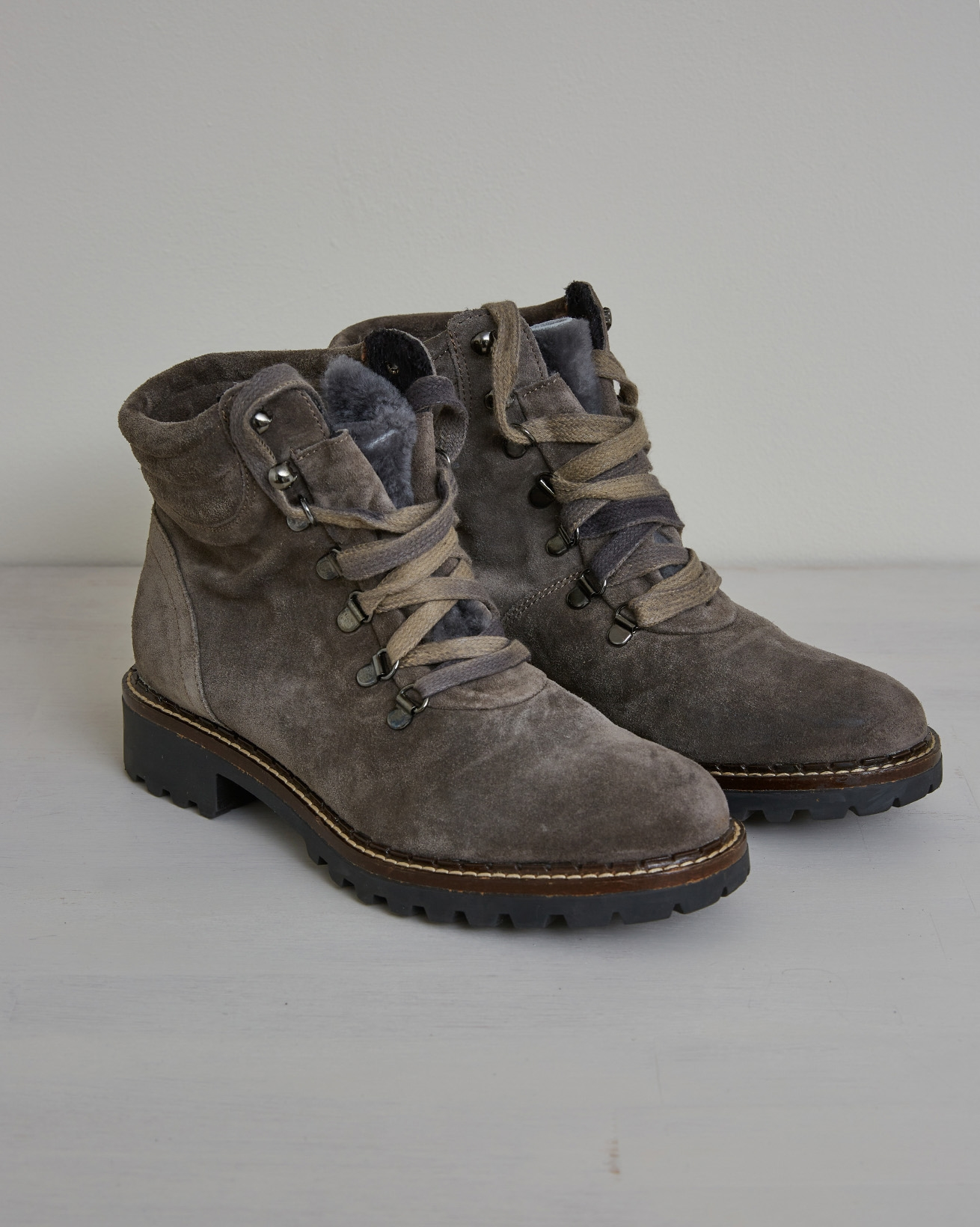 Hiker Boot - Size 39 - Mid Grey - 2636