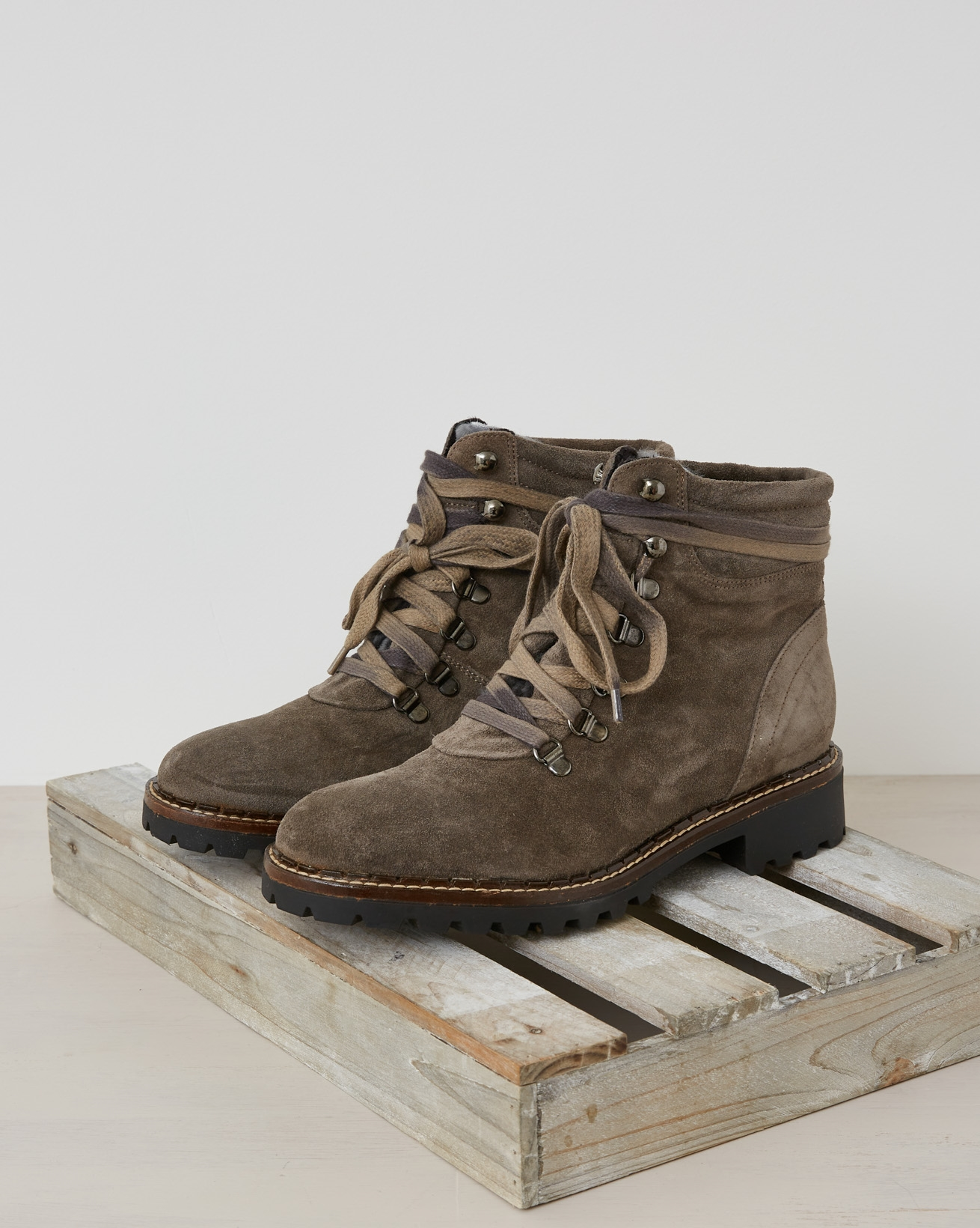 Hiker Boot - Mid Grey - Size 39 - 2536