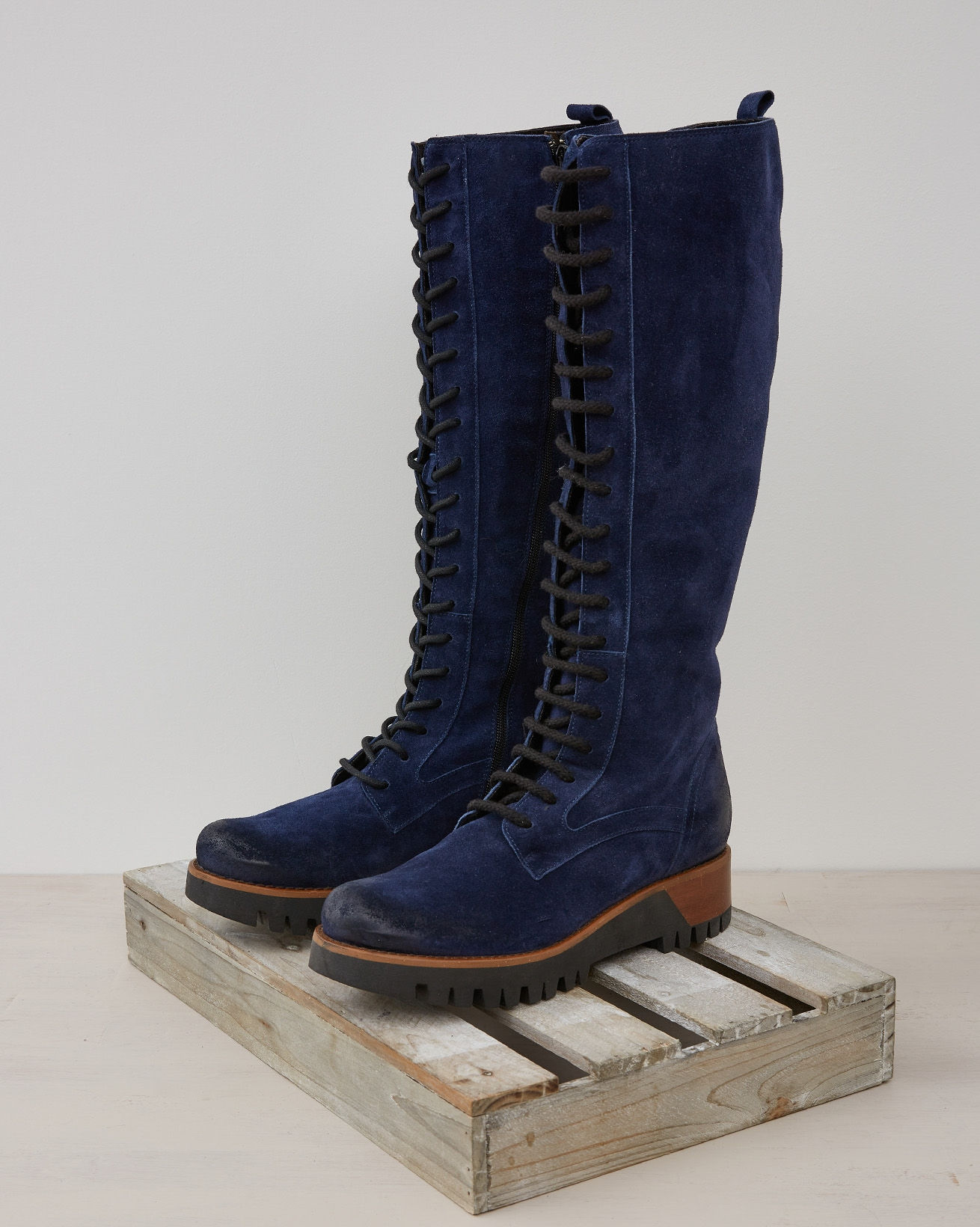 WILDERNESS KNEE HIGH BOOT - NAVY - Size 37 - 2549