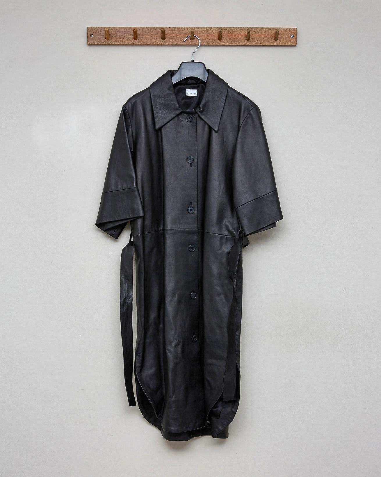SHORT SLEEVE LEATHER SHIRT DRESS - BLACK - SIZE 10 - 2564