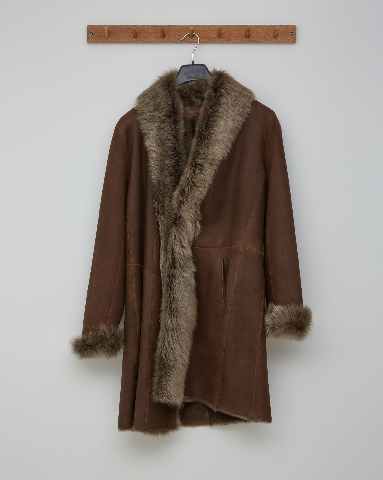3/4 TOSCANA TRIM COAT - TANNERS BROWN NAPPA - SIZE 10 - 2702