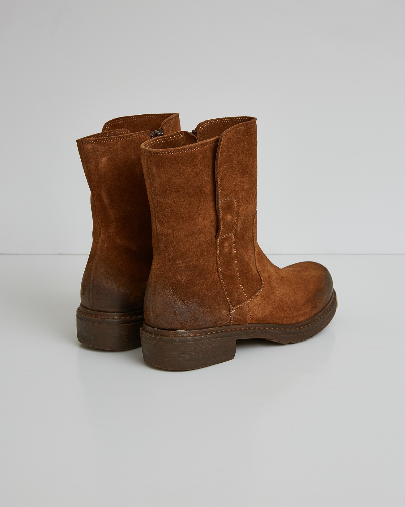 2770-essential leather ankle boot - cinnamon - size 37 -back.jpg