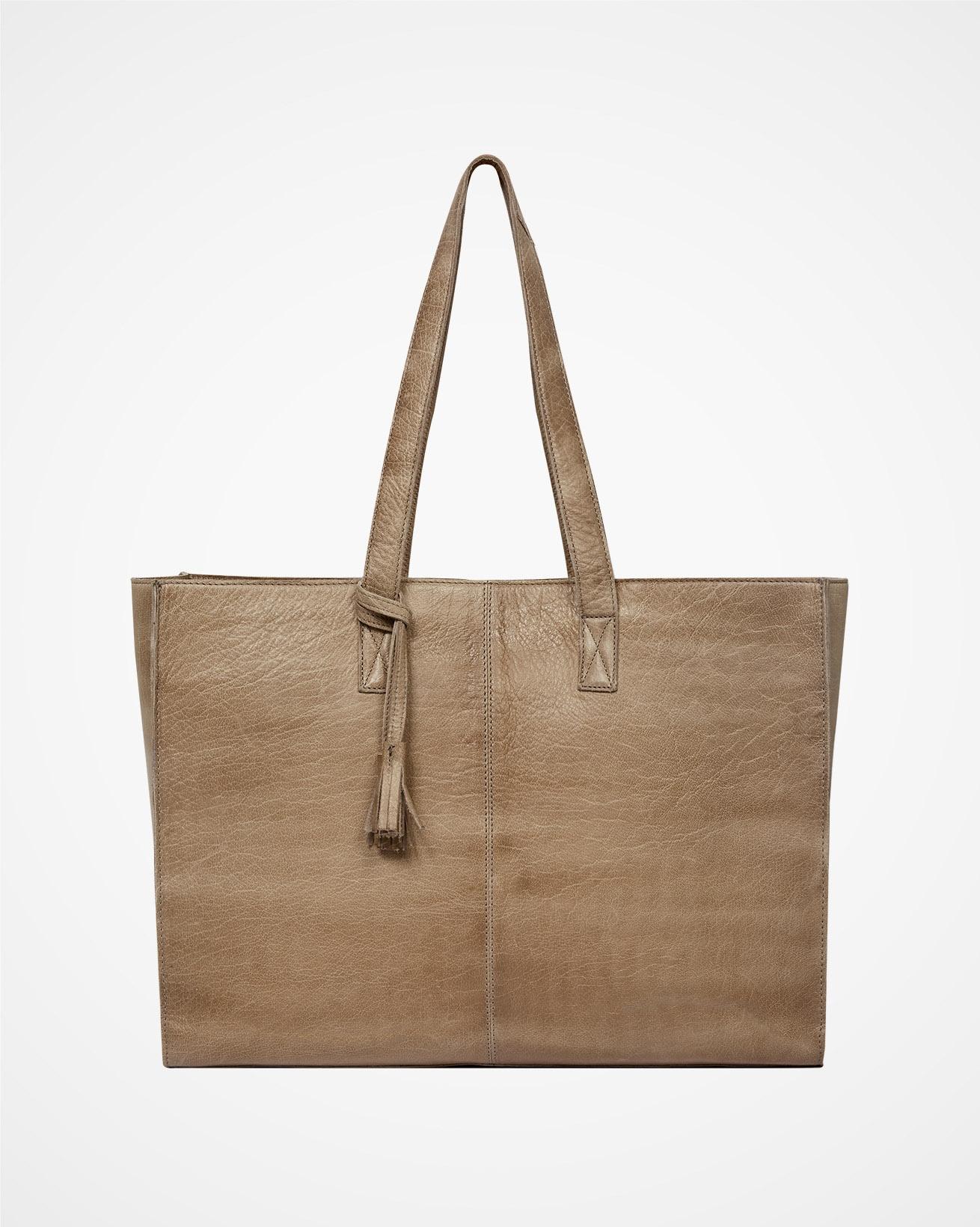 7883_leather-shopper-bag_camel_back_cutout_web.jpg