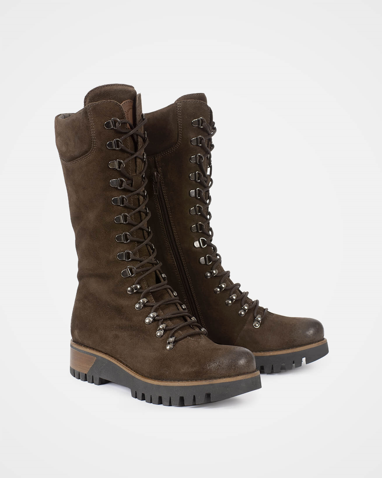 7082_wilderness-boots_tanners-brown_pair_v2_web.jpg