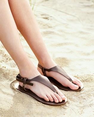 7186_t-bar_sandal_ss16.jpg