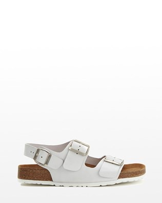 6915_beachcomber_sandals_white_outside_ss16.jpg
