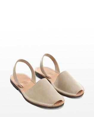 7197_menorcan_sandals_natural_pair_low_ss16.jpg