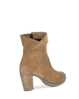 7210_crepe_sole_heel_boots_back.jpg