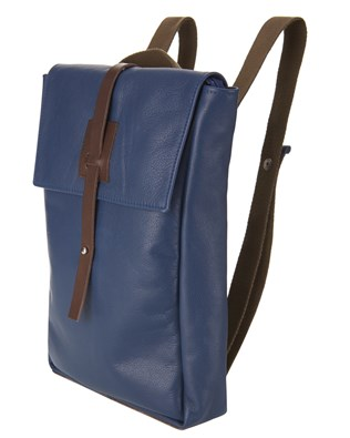 7273_courier_bag_navy_angle_aw16.jpg