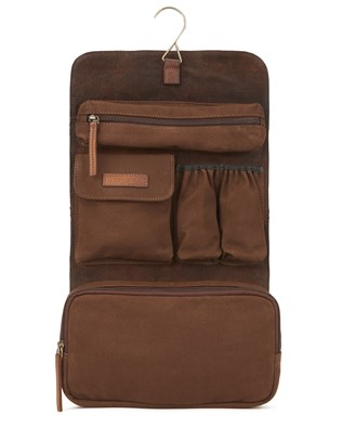 7010_leather_hanging_washbag_brown_hanged_aw16.jpg