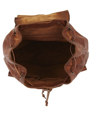 7304_leather_backpack_brown_top_aw16.jpg