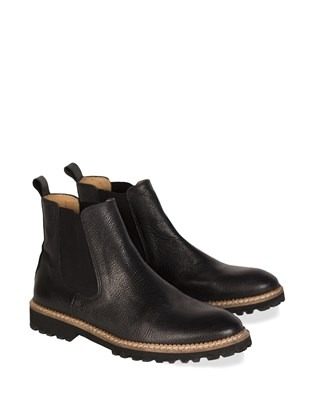 7283 leather chelsea boots_pair.jpg