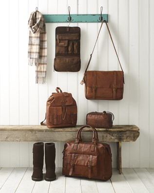 luggage-aw16.jpg