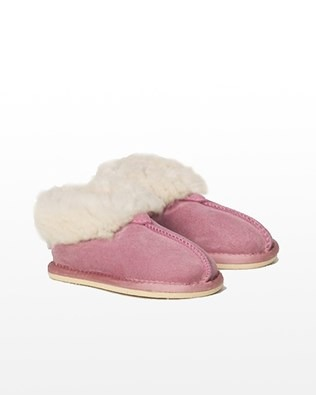 2460 mini sheepskin slipper_pink_pair.jpg
