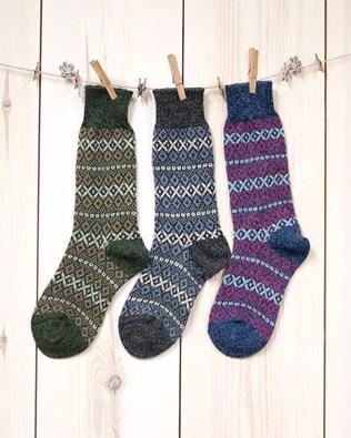 6859_fair isle walking socks.jpg