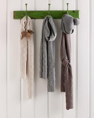 7295-pointelle-scarf-x16.jpg