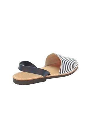 7197_menorcan sandals_striped_3q_ss17.jpg