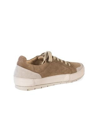 7379_low top trainers_beige_3q_ss17.jpg