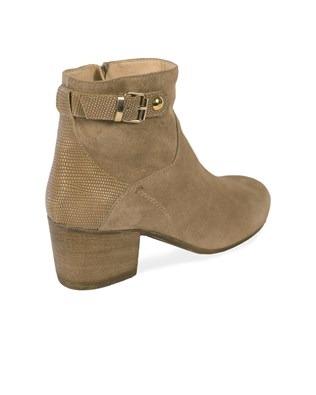 7383-jodhpur_heel ankle boot_3q_ss17.jpg