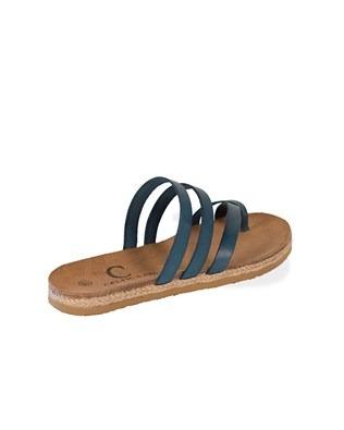 7385_toe strap sandals_3q_ss17.jpg