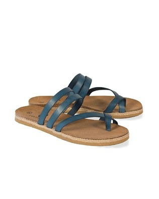 7385_toe strap sandals_pair_ss17.jpg
