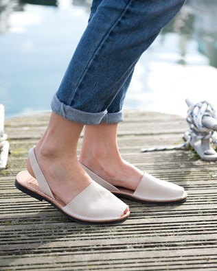 7197-lfs-menorcan-sandals-natural.jpg