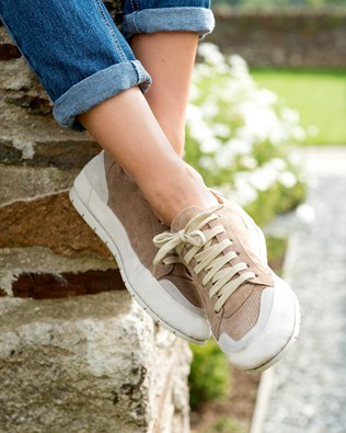 7379-lfs-low-top-trainers.jpg
