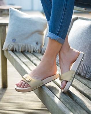 7381_lfs-schole_flat_sandals_ss17.jpg