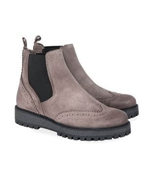 7413 punched sheepskin chelsea boot_pair_aw17.jpg