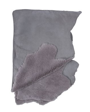 5301_sheepskin throw_light grey_folded.jpg