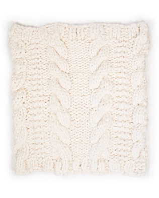 7424_chunky cable throw_flat_aw17.jpg