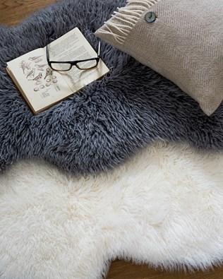 5200-lfs-mongolian-rugs.jpg
