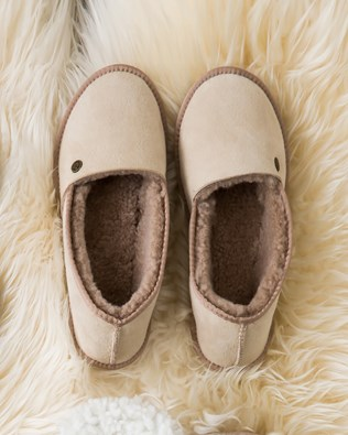 6806-lfs-venetian-slippers.jpg