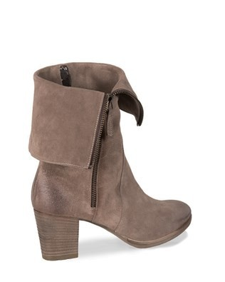 7414_fold down heel boot_3q_17.jpg