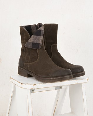 7281-lfs-essential boot-aw17.jpg