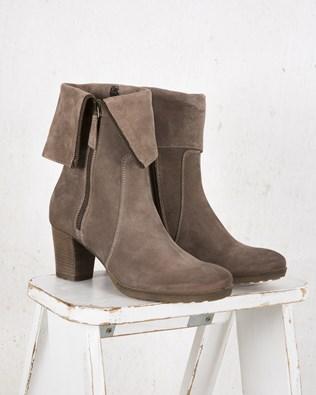 7414-lfs-fold down stack heel boot-aw17.jpg