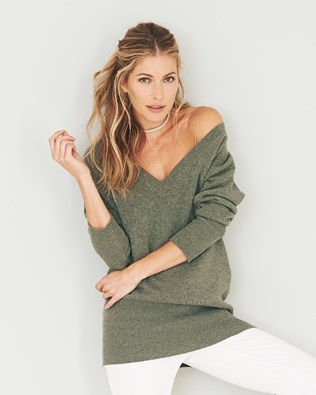 6344-lfs-easy-v-neck-jumper-moss.jpg