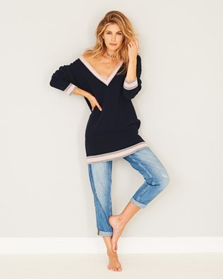 Easy V-neck Jumper