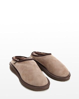 WOMENS CLOGS (WITH BACKS) - SIZE 3 - VOLE - 325