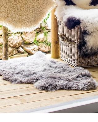 7426-lfs-herdwick rug.jpg