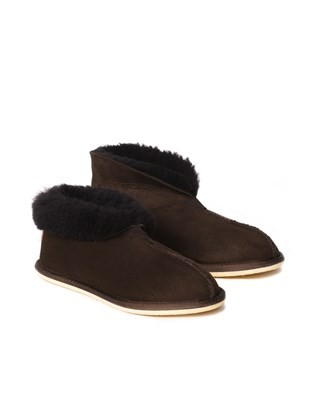 2100 sheepskin bootee slipper_mocca_pair1.jpg