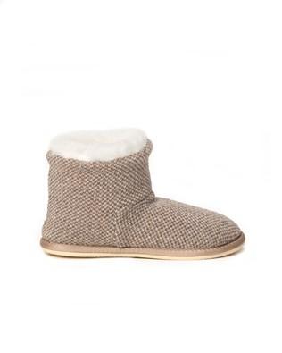 6610 knitted shortie slipper_side.jpg