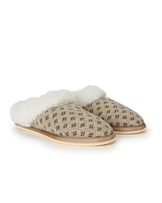 7088_knitted_cribba_slippers_pair.jpg