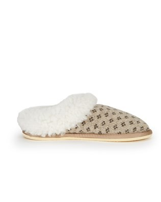 7088_knitted_cribba_slippers_side1.jpg