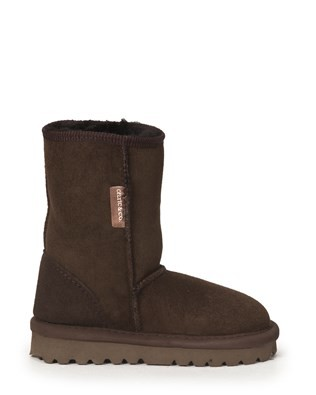 2404-mini-classic-boot_mocca_side.jpg