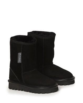 2404-mini-classic-boot_black_pair.jpg