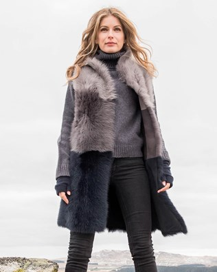 7502-lfs-long-colourblock-gilet1.jpg