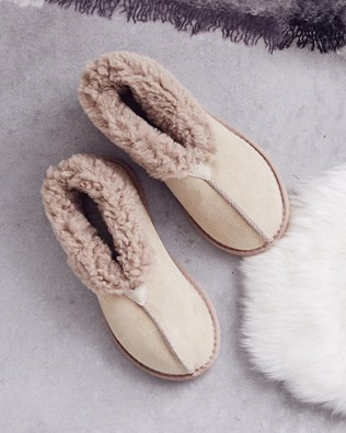 Ladies Sheepskin Bootee Slippers